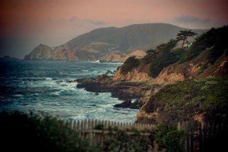 Highway-1-Montera-Coast-Sunset-Toy-Camera-Effect